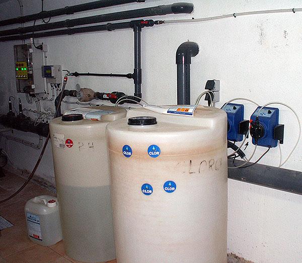El cloro liquido como desinfectante todo sobre la piscina for Cloro liquido para piscinas